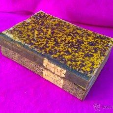 Manuscritos antiguos: MANUSCRITOS DE LA HISTORIA DE LAS PARROQUIAS DE BAEZA, 2 VOL, MAS DE 1400 PAG. 1564-1885 VV. AA.. Lote 46894692