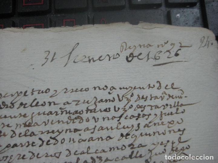 Manuscritos antiguos: MANUSCRITO DEL AÑO 1626 MADRID RECONOCIMIENTO CENSO BONITO DE CASA EN CALLE REINA 92 - Foto 7 - 75691255
