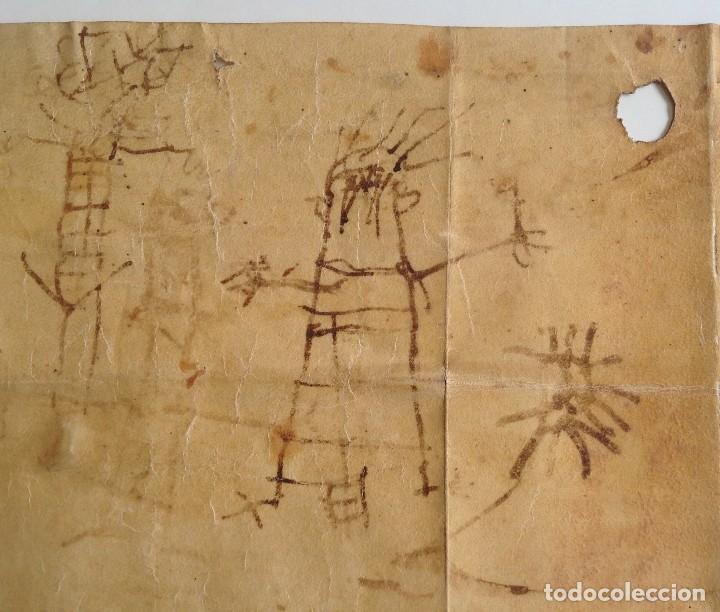 AÑO 1500 * TARRAGONA * PERGAMINO MANUSCRITO CON DIBUJOS DE HOMBRES DE EPOCA EN EL REVERSO * 41 CM (Coleccionismo - Documentos - Manuscritos)