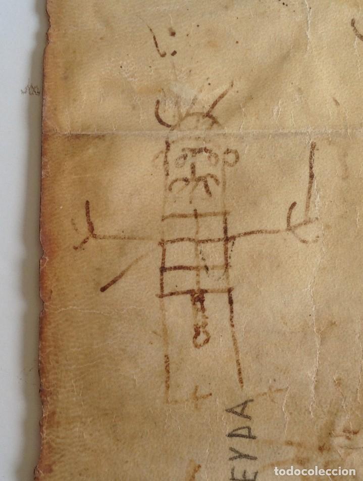 Manuscritos antiguos: Año 1500 * Tarragona * pergamino manuscrito con dibujos de hombres de epoca en el reverso * 41 cm - Foto 11 - 81227068