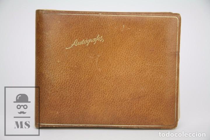 Manuscritos antiguos: Libreta de los Años 60 con Multitud de Autógrafos de Artistas y Jugadores de Fútbol de la Época - Foto 2 - 90522625