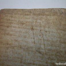 Manuscritos antiguos: PEQUEÑO DOCUMENTO O ESCRITURA SOBRE PERGAMINO..LETRAS GOTICAS.POSIBLEMENTE SIGLO XIV - XV.. Lote 95422255