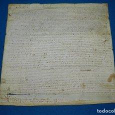 Manuscritos antiguos: (M) PERGAMINO DEL AÑO 1477 EPOCA DE LOS REYES CATOLICOS , 35 X 35 CM, SEÑALES DE USO. Lote 111852827