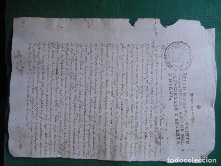 Manuscritos antiguos: CARLOS III DOCUMENTO EN PAPEL TIMBRADO,SELLO CUARTO,20 MARAVEDIS,AÑO 1779, 1 PLIEGO,FIRMADO - Foto 2 - 131040508