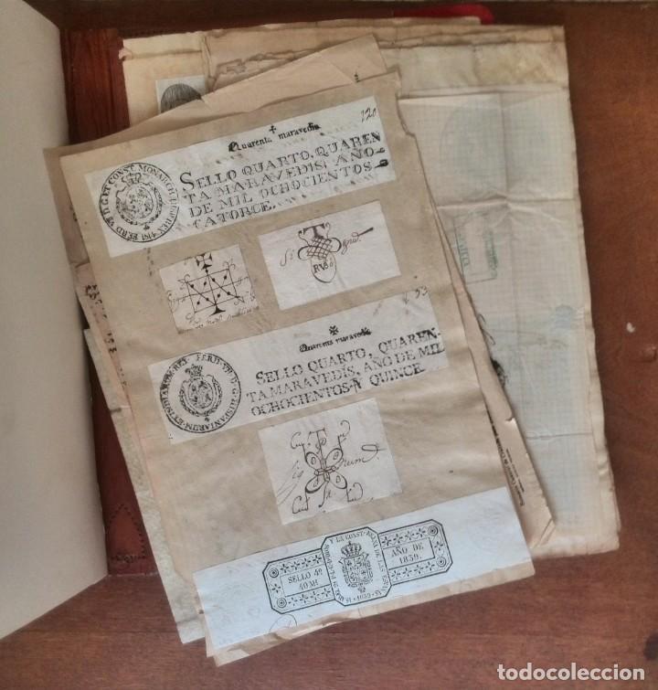 CARTERA DE PIEL CON DOCUMENTOS Y GRABADOS SIGLO 19 (Coleccionismo - Documentos - Manuscritos)