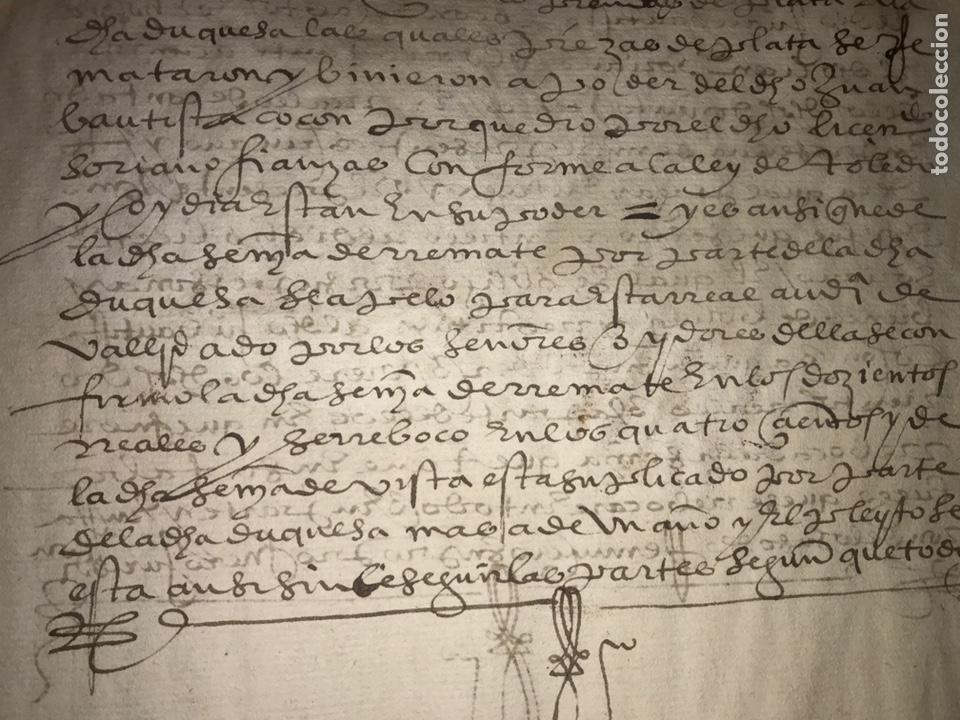 Manuscritos antiguos: VALLADOLID 1581. ESCRITURA DE PIEZAS DE PLATA DE LA DUQUESA DE FRANCAVILLA PODER DE JUAN BAUTISTA. - Foto 4 - 163951714