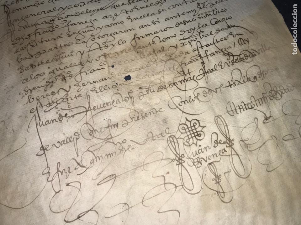 VALLADOLID 1581. ESCRITURA DE PIEZAS DE PLATA DE LA DUQUESA DE FRANCAVILLA PODER DE JUAN BAUTISTA. (Coleccionismo - Documentos - Manuscritos)