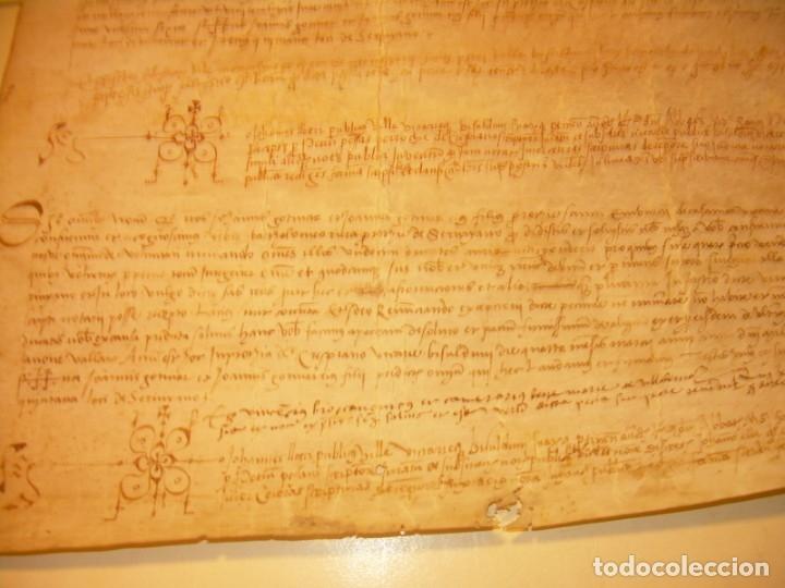 Manuscritos antiguos: ANTIGUA ESCRITURA DE PERGAMINO SIGLO XVI....AÑO 1.527...SERINYA (GIRONA). - Foto 9 - 178962616