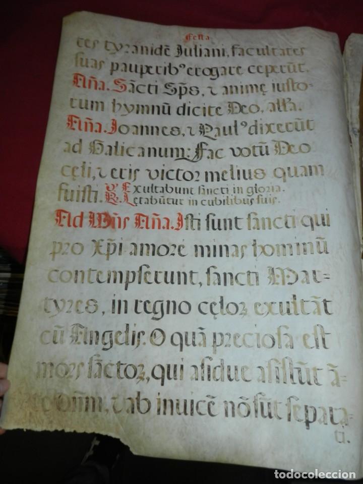 Manuscritos antiguos: (M) PERGAMINOS CANTORAL S.XVI PLIEGO DE 12 PÁG, GRAN TAMAÑO 66X48 CM - Foto 3 - 180922741