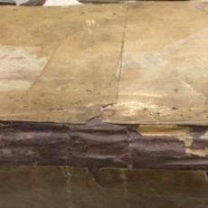 Manuscritos antiguos: MANUSCRITO DE LA OBRA LAS LEYES DE TODOS LOS REINOS POR HUGO CELSO FUE IMPRESO EN 1540. Lote 195468393