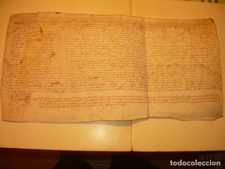 ANTIGUA ESCRITURA DE PERGAMINO AÑO 1590 - GERONA - BESALU - VALLE DE OSTOLESIO. (Coleccionismo - Documentos - Manuscritos)