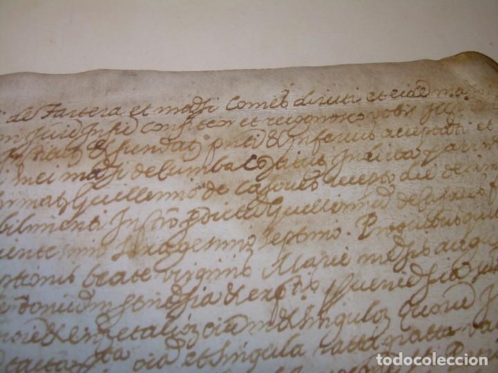 Manuscritos antiguos: ANTIGUA ESCRITURA DE PERGAMINO AÑO 1590 - GERONA - BESALU - VALLE DE OSTOLESIO. - Foto 6 - 224073383
