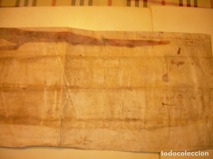 Manuscritos antiguos: ANTIGUA ESCRITURA DE PERGAMINO AÑO 1590 - GERONA - BESALU - VALLE DE OSTOLESIO. - Foto 12 - 224073383