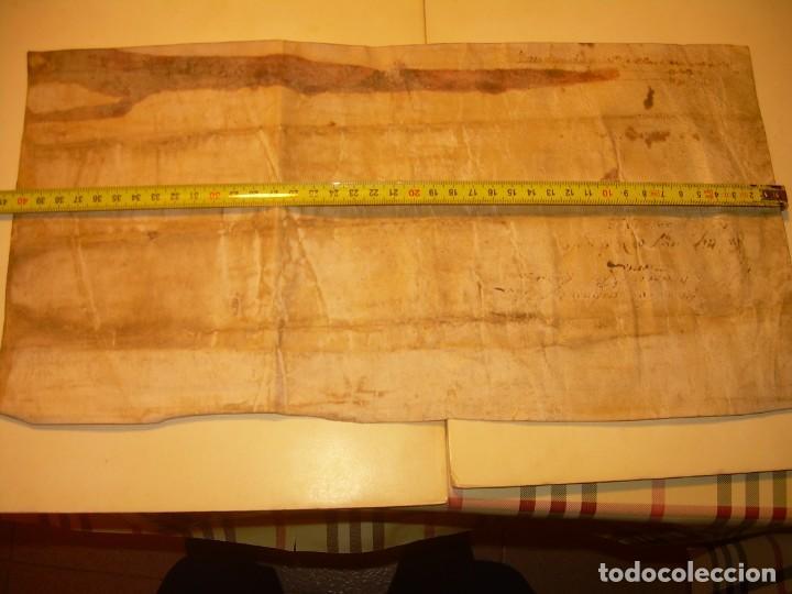 Manuscritos antiguos: ANTIGUA ESCRITURA DE PERGAMINO AÑO 1590 - GERONA - BESALU - VALLE DE OSTOLESIO. - Foto 13 - 224073383