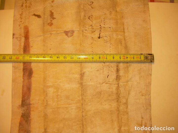 Manuscritos antiguos: ANTIGUA ESCRITURA DE PERGAMINO AÑO 1590 - GERONA - BESALU - VALLE DE OSTOLESIO. - Foto 14 - 224073383