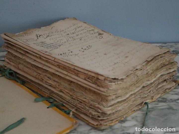 Manuscritos antiguos: Conjunto de 23 manuscritos relativos a la compra-venta de inmuebles. Siglos XVI-XIX. - Foto 2 - 244764245