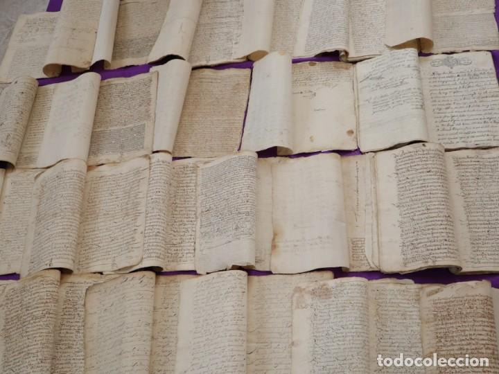 Manuscritos antiguos: Conjunto de 23 manuscritos relativos a la compra-venta de inmuebles. Siglos XVI-XIX. - Foto 6 - 244764245