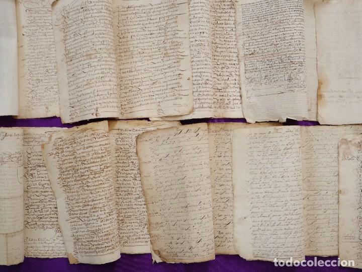 Manuscritos antiguos: Conjunto de 23 manuscritos relativos a la compra-venta de inmuebles. Siglos XVI-XIX. - Foto 32 - 244764245