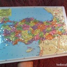 Mapas contemporáneos: MAPA ESCOLAR COLEGIO TURQUIA -LÁMINA DE PLÁSTICO EN RELIEVE. EDIZIONE RICO FIRENZE. AÑOS 60.. Lote 137349534