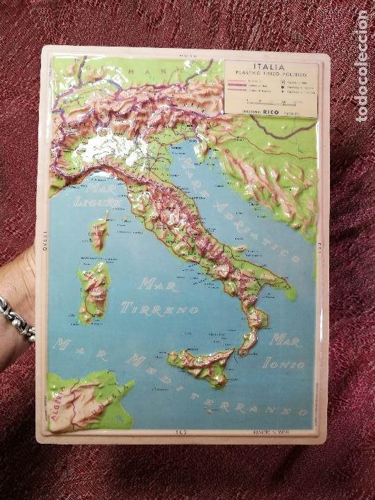Mapas contemporáneos: MAPA ESCOLAR COLEGIO ITALIA FISICO -LÁMINA DE PLÁSTICO EN RELIEVE. ED. RICO FIRENZE. AÑOS 60. - Foto 2 - 175012317