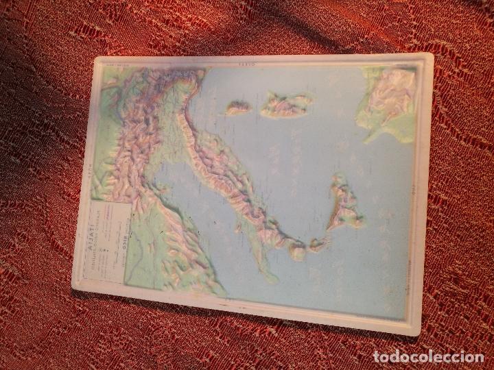 Mapas contemporáneos: MAPA ESCOLAR COLEGIO ITALIA FISICO -LÁMINA DE PLÁSTICO EN RELIEVE. ED. RICO FIRENZE. AÑOS 60. - Foto 3 - 175012317