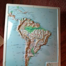 Mapas contemporáneos: MAPA ESCOLAR COLEGIO AMERICA DEL SUR LÁMINA DE PLÁSTICO EN RELIEVE. ED. RICO FIRENZE. AÑOS 60.. Lote 137350814