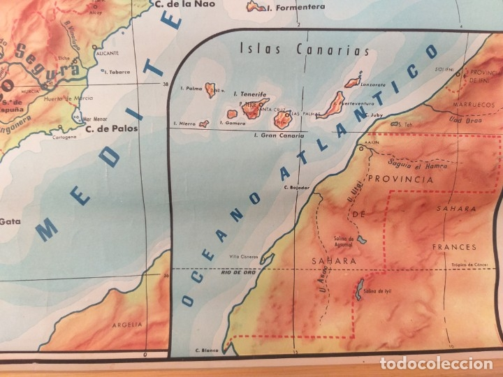 Mapas contemporáneos: ANTIGUO MAPA ESCOLAR FÍSICO ESPAÑA DE PARED. AÑO 1959. LIBRERÍA Y CASA EDITORIAL HERNANDO. MADRID - Foto 3 - 178354958