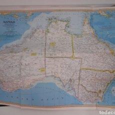 Mapas contemporáneos: EXCEPCIONAL PÓSTER MAPA DE AUSTRALIA. Y TIERRA DE FÓSILES VIVIENTES.. Lote 222272896