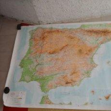 Mapas contemporáneos: MAPA MURAL A DOS CARAS. Lote 261336655