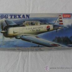 Maquetas: T-6G TEXAN 1/72 ACADEMY 1662. Lote 36871977