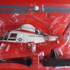 Maquetas: EUROCOPTER HH-65A DOLPHIN, USA. ALTAYA METÁLICO ESCALA 1/72 + REVISTA. Lote 94549411