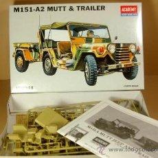 Maquetas: FORD MUTT M151-A2 4X4 JEEP MILITAR USA CON REMOLQUE - ACADEMY KIT PLASTICO 1/35 - NUEVO EN SU CAJA. Lote 30713986