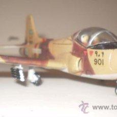 Maquetas: BAC 167 STRYKMASTER. FUARZA AÉREA SAUDI. ESCALA 1/72 + VHS, LA CONQUISTA DEL ESPACIO, REGALO. Lote 33244830