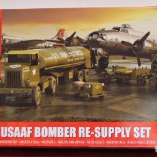 Maquetas: MAQUETA WWII USAAF AIR FORCE BOMBER RESUPPLY SET 1/72. Lote 95801231