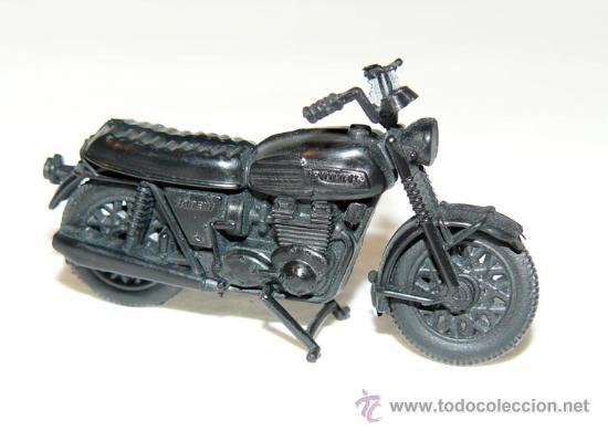 MAQUETA MOTO TRIUMPH TRIDENT MOTORBIKE PROMOCION YOGURES CHAMBURCY CHAMBOURCY BIKE (Juguetes - Modelismo y Radiocontrol - Maquetas - Coches y Motos)