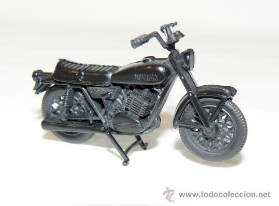Maquetas: MAQUETA MOTO YAMAHA RD 350 MOTORBIKE PROMOCION YOGURES CHAMBURCY CHAMBOURCY bike - Foto 2 - 172955419