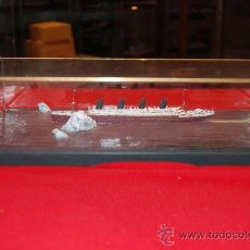 Maquetas: DIORAMA DEL RMS TITANIC EN NAVEGACIÓN. ESCALA 1/400. Lote 38370335