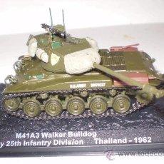 Maquetas: M-41 WALKER BULLDOG. METÁLICO ALTAYA ESCALA 1/72 + REVISTA. Lote 39031960