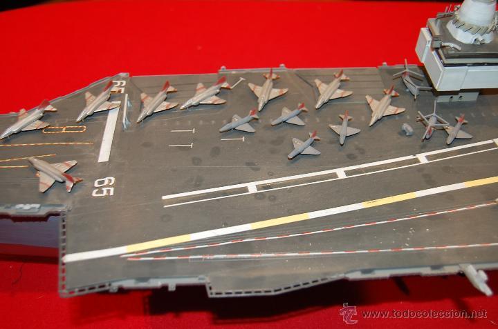 Maquetas: Portaaviones de la casa MONOGRAM, antigua. Escala 1/400 - Foto 3 - 39481384
