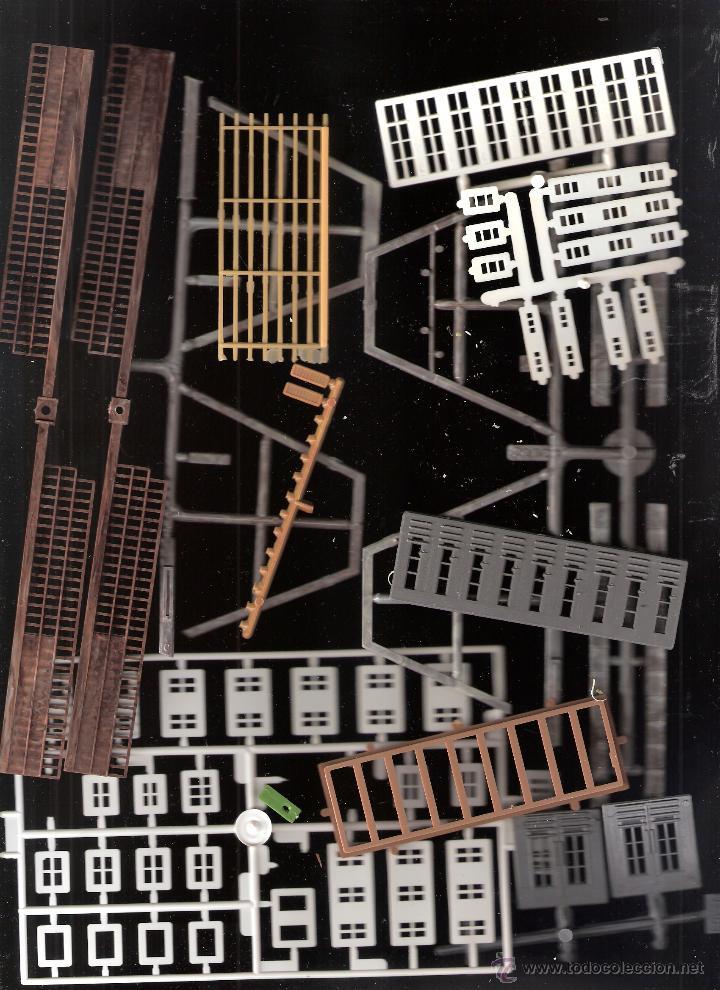Maquetas: Kibri Bausatz. 8404. Caja + piezas. Lo que se ve en las fotos.Marcado Puertas y Ventanas - Foto 3 - 40028034