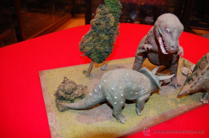 Maquetas: Diorama con dinosaurios, de la casa Airfix, de plástico. - Foto 3 - 43455885