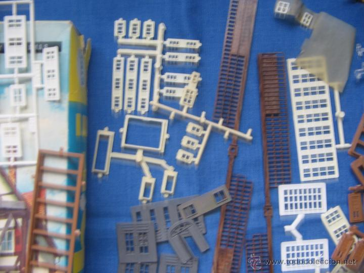 Maquetas: Kibri Bausatz. 8404. Caja + piezas. Lo que se ve en las fotos.Marcado Puertas y Ventanas - Foto 6 - 40028034