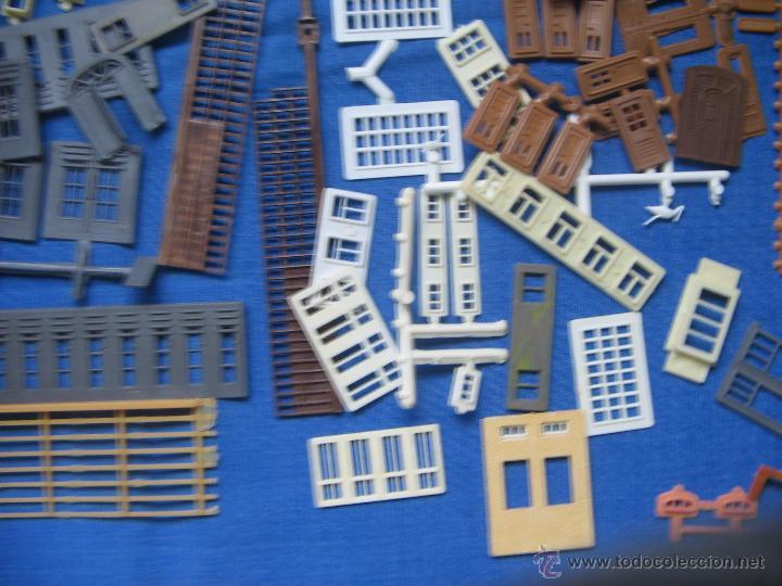 Maquetas: Kibri Bausatz. 8404. Caja + piezas. Lo que se ve en las fotos.Marcado Puertas y Ventanas - Foto 8 - 40028034