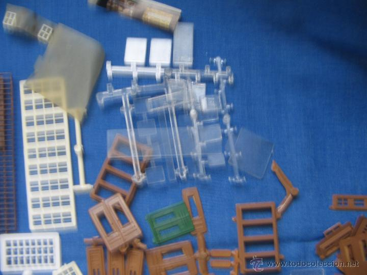 Maquetas: Kibri Bausatz. 8404. Caja + piezas. Lo que se ve en las fotos.Marcado Puertas y Ventanas - Foto 9 - 40028034