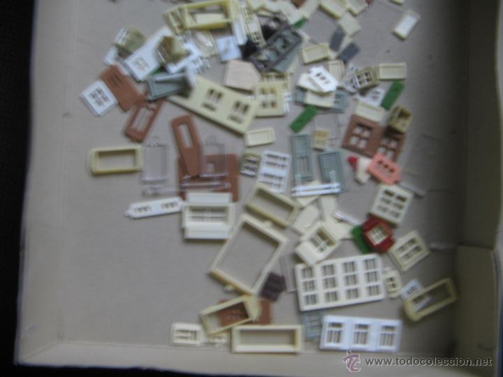 Maquetas: Kibri Bausatz. 8404. Caja + piezas. Lo que se ve en las fotos.Marcado Puertas y Ventanas - Foto 13 - 40028034