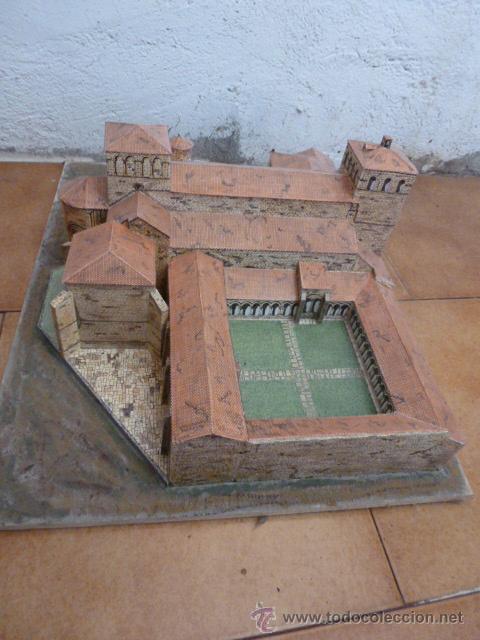 Maquetas: Maqueta en papel de la Colegiata de Santillana del Mar - Foto 4 - 205755433