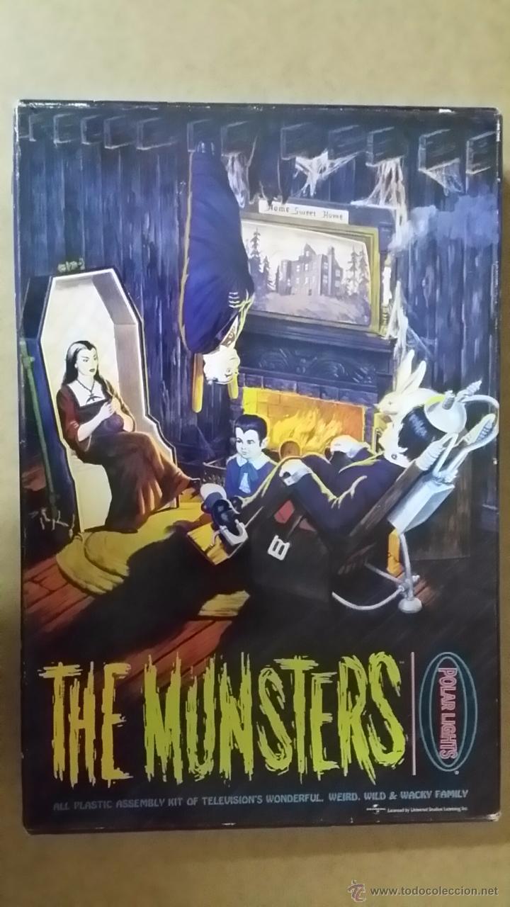 THE MUNSTERS (LA FAMILIA MONSTER) MAQUETA PARA MONTAR Y PINTAR ABIERTA PERO COMPLETA. UNA JOYA ANTIG (Juguetes - Modelismo y Radiocontrol - Maquetas - Otras Maquetas)