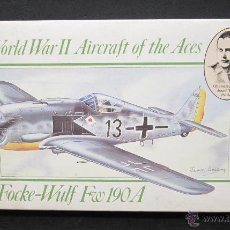 Maquetas: MAQUETA AVION FOCKE-WULF FW 190A 1:72 AIRFIX 1988 WWII AIRCRAFT OF THE ACES. Lote 49717179