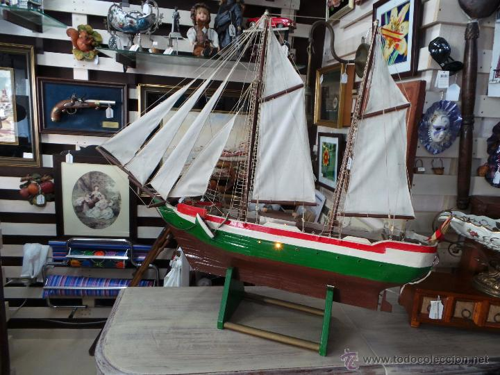 BARCO GRANDE HECHO A MANO CON LUZ (Juguetes - Modelismo y Radiocontrol - Maquetas - Barcos)