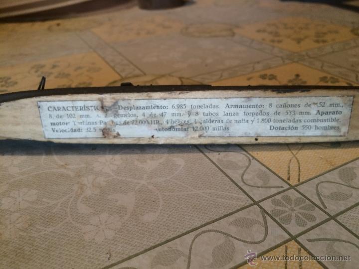 Maquetas: Antigua maqueta de submarino o acorazado de madera años 30-40 posiblemente segunda guerra mundial - Foto 4 - 52754798